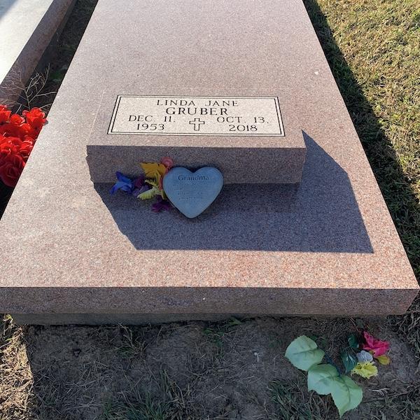Grave of Linda Gruber.